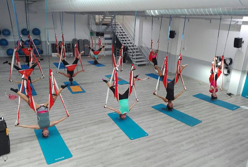 pilates aereo fly pilates dona10 barcelona