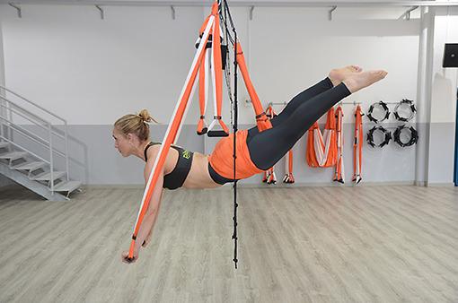fly pilates aereo dona10 pilates yoga Barcelona
